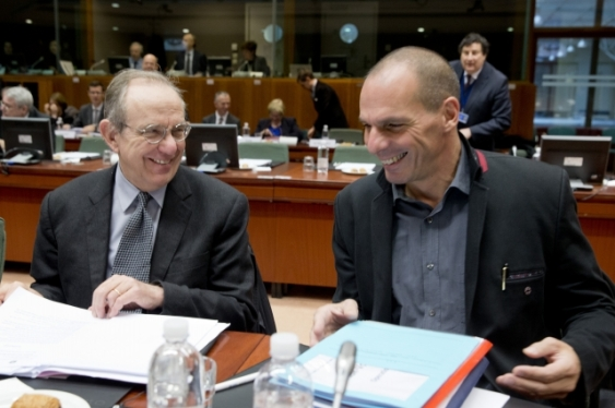 "It looks like Italy will be the only ""serious"" ally of Greece today. Photo taken from last Tuesday's ECOFIN. From left to right: Mr Pier Carlo PADOAN, Italian Minister for Economic Affairs and Finance; Mr Yanis VAROUFAKIS, Greek Minister for Finance. (EC TVnewsroom, 17/02/2015)"