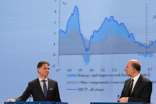 Jyrki Katainen, Vice-President of the EC in charge of Jobs, Growth, Investment and Competitiveness (on the left), and Pierre Moscovici, Member of the EC in charge of Economic and Financial Affairs, Taxation and Customs, gave a joint press conference on the autumn economic forecasts for 2014-2016. Real GDP growth is estimated at 1.3% in the EU and 0.8% in the euro area for 2014 as a whole. Growth is expected to rise slowly in the course of 2015, to 1.5% and 1.1% respectively, while an acceleration of economic activity to 2.0% and 1.7% respectively is predicted for 2016. Understandably growth expectations are always inflated in deflationary times by the politicians 'in charge'. (EC Audiovisual Services).