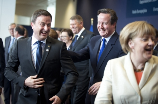 Special European Council on migratory pressures in the Mediterranean. From left to right: Xavier Bettel, Luxembourg Prime Minister, David Cameron, UK Prime Minister, Angela Merkel, German Federal Chancellor. Migratory pressure in the Mediterranean was the main topic of this special European Council of 23 April 2015, after the dramatic sinking of migrant ships off the Libyan coast. Migration pressures are expected to become the main issue in the British in-out of the EU referendum to be held in 2017. (European Council – Council of the European Union, Audiovisual Services, Shoot location: Brussels – Belgium, Shoot date: 23/04/2015).