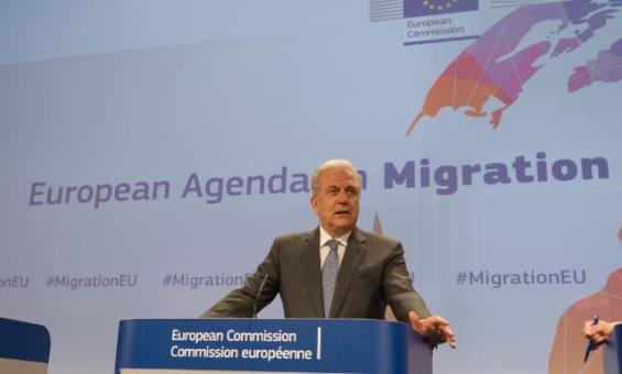 Press conference by Dimitris Avramopoulos, Member of the EC, on the first proposals of the EC's comprehensive approach to improving the management of migration (EC Auidovisual Services, 27/05/2015).