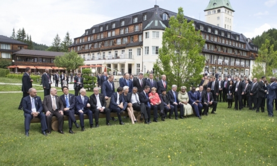On 7-8 June 2015, Germany hosted the meeting of the G7 heads of state and government. The 7 leaders are photographed here with their outreach guests. (European Council – Council of the European Union Audiovisual Services).