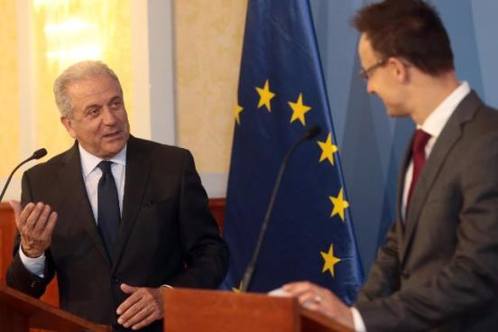 Dimitris Avramopoulos, Member of the EC in charge of Migration, Home Affairs and Citizenship, travelled to Budapest to meet with Péter Szijjártó, Hungarian Minister for Foreign Affairs and Trade, and Sándor Pintér, Hungarian Minister for the Interior, with whom he hiscussed the migratory inflows that Hungary currently faced last month. (EC Audiovisual Services, 30/06/2015)