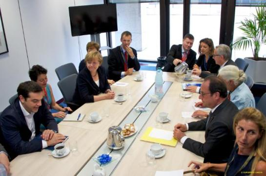 In the sidelines of Sunday's Eurosummit the Greek Prime Minister Alexis Tsipras met with the German Chancellor Angela Merkel, the EU Commission President Jean-Claude Juncker and the French President Francois Hollande. (EC Audiovisual Services, Date: 07/07/2015).