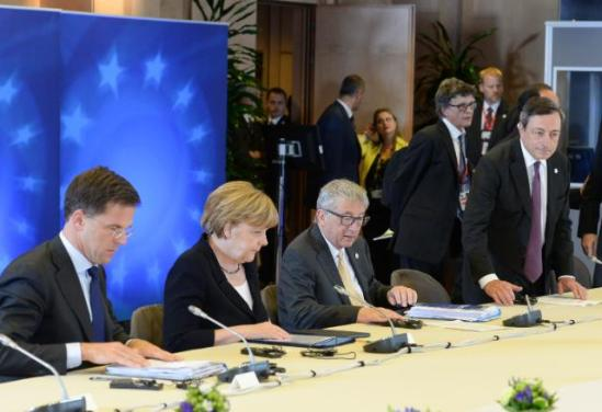Eurozone Summit, 07/07/2015. Mark Rutte, Dutch Prime Minister, Angela Merkel, German Federal Chancellor, Jean-Claude Juncker President of the EU Commission and Mario Draghi, President of the European Central Bank (ECB) taking his sit (in the foreground, from left to right). (EC Audiovisual Services, Date: 07/07/2015, Location: Brussels - Council/Justus Lipsius).