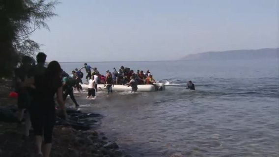 Refugees on their dangerous voyage from Turkey to the Greek islands (TVnewsroom European Council)
