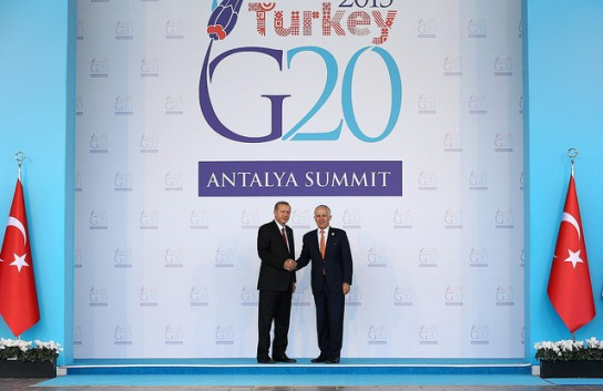 ANTALYA, TURKEY - NOVEMBER 15 : Turkish President Recep Tayyip Erdogan (L) greets Australian Prime Minister Malcolm Turnbull (R) during the 'Welcoming Ceremony' prior to the G20 Turkey Leaders Summit on November 15, 2015 in Antalya, Turkey. Kayhan Ozer / Anadolu Agency