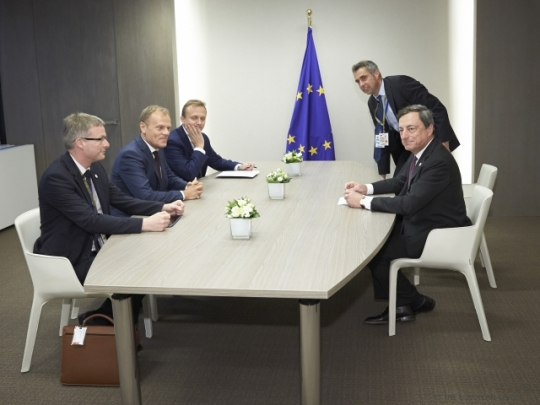 Euro Summit. Donald Tusk, President of the European Council (second from left) meets Mario Draghi, President of the European Central Bank (first from right). (European Council - Council of the European Union Audiovisual Services. Shoot location: Brussels – Belgium. Shoot date: 07/07/2015 Copyright credit 'The European Union').