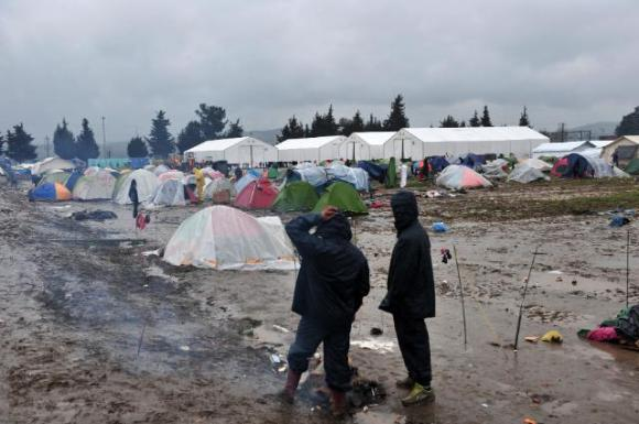 The Idomeni refugee camp at the border between northern Greece and the former Yugoslav Republic of Macedonia. More than 10,000 migrants are stranded there for many months now, after the 'Balkan Corridor' was definitively closed. Date: 15/03/2016, Location: Idomeni,Greece, © European Union, 2016 / Source: EC - Audiovisual Service / Photo: Sakis Mitrolidis.