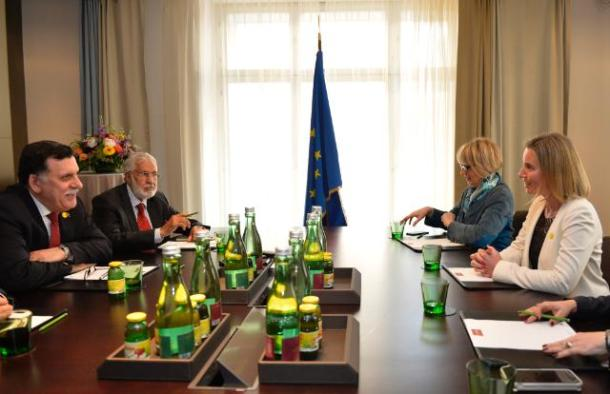 Federica Mogherini, High Representative of the Union for Foreign Affairs and Security Policy and Vice-President of the European Union (1st from the right) went to Vienna where she participated in a Ministerial meeting for Libya. There she met with Fayez Serraj, Chairman of the Libyan Presidential Council (Libyan Prime Minister) (1st from the left), in the presence of Helga Schmid, Deputy Secretary General of the European External Action Service (EEAS) (2nd from the right). Date: 16/05/2016, Location: Vienna. © European Union, 2016 / Source: EC - Audiovisual Service / Photo: Samuel Kubani.