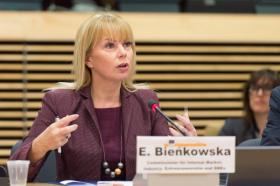 Elżbieta Bieńkowska, Member of the EC in charge of Internal Market, Industry, Entrepreneurship and SMEs at the Meeting of the High Level Steering Group on European Innovation Partnership on Raw Materials (© European Union , 2016   /  Source: EC - Audiovisual Service   /   Photo: Lieven Creemers)