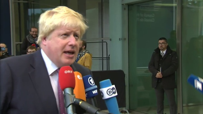 Arrival and doorstep by Boris Johnson, Foreign Secretary of the United Kingdom, at the Foreign Affairs Council on 17 October 2016 in Luxembourg. (Snapshot from a video. Location: Luxembourg, Luxembourg. European Council – Council of the European Union Audiovisual Services).