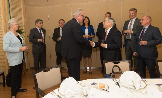 """Working lunch between Members of the European Court of Auditors and Members of the European Commission. Handshake between Vítor Manuel da Silva Caldeira, President of the European Court of Auditors in the foreground, 2nd from the right, and Neven Mimica, Member of the EC in charge of International Cooperation and Development, in the presence of Danièle Lamarque, ECA Member for Audit Quality Control, Baudilio Tomé Muguruza, Dean of ECA Chamber """"Regulation of markets and competitive economy"""", Klaus-Heiner Lehne, President-elect of the European Court of Auditors, Iliana Ivanova, Dean of ECA Chamber """"Investment for cohesion, growth and inclusion"""", Ville Itälä, Dean for Institutional Relations, Phil Wynn Owen, Dean for """"Sustainable use of natural resources"""", and Lazaros S. Lazarou, Dean of """"Financing and administering the Union"""" (from left to right). Date:26/09/2016. Location: Brussels - EC/Berlaymont. © European Union, 2016/Source:EC - Audiovisual Service / Photo: Georges Boulougouris."""