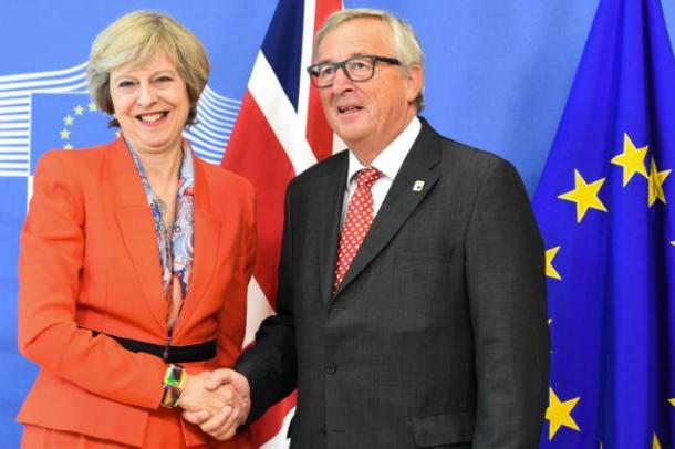 theresa-may-jean-claude-juncker-2016