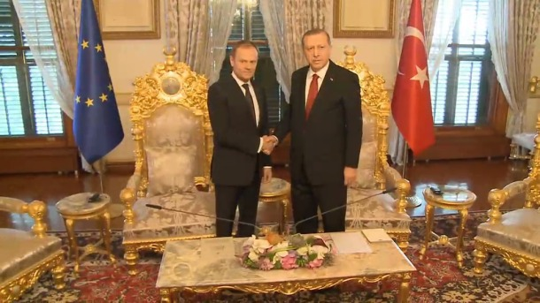 Donald Tusk President of the European Council (on the left), meets Recep Tayyip Erdogan, President of Turkey, in Ankara. Presidential Palace. (European Council - Council of the European Union, Audiovisual Service. Snapshot from a video).