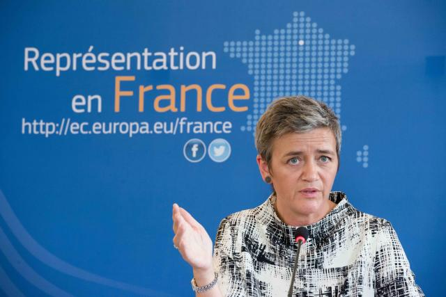 Visit by Margrethe Vestager, Member of the EC in charge of Competition, traveled to Paris where she gave a press conference at the EC representation about how competition serves citizens. Date: 15/09/2016 Reference: P-032353/00-16 Location: Paris - EC/Representation. © European Union , 2016 / Source: EC - Audiovisual Service / Photo: Silvère Gérard.