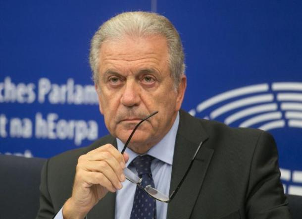 press-conference-by-dimitris-avramopoulos-2017-migration-crisis