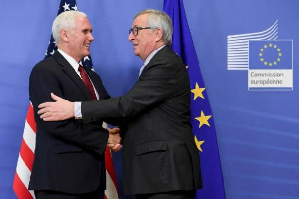Visit of Mike Pence, Vice President of the United States (on the left), to the EC. Jean-Claude Juncker, President of the European Commission received Pence in Commission's headquarters in Brussels. (Date: 20/02/2017 Location: Brussels - EC/Berlaymont. © European Union, 2017/ Source: EC - Audiovisual Service / Photo: Etienne Ansotte.)