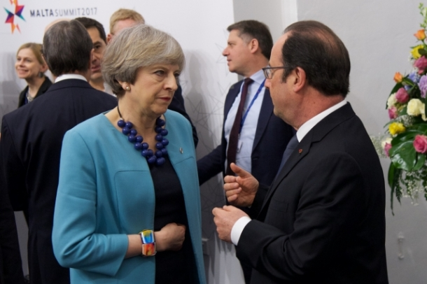 Teresa May Francois Hollande 2017