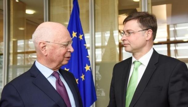 Dombrovskis Schwab 2018