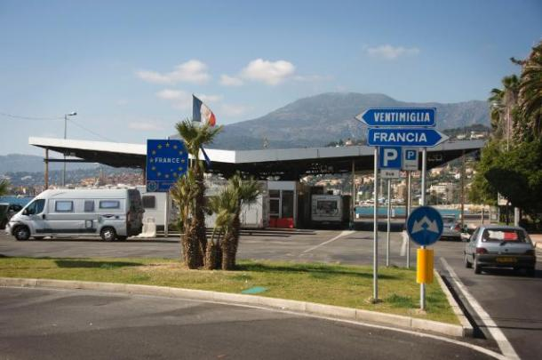 Disused border crossings inside the Schengen area