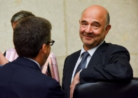 Pierre Moscovici, on the right, and Carlos Moedas. © European Union , 2018 / Photo: Jennifer Jacquemart.