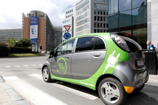 Voiture électrique partagée à Bruxelles