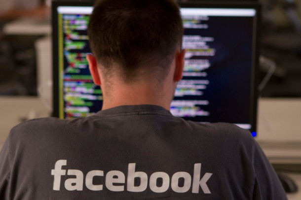 Facebook engineer working at the company's HQ, Menlo Park, CA (Copyright: Facebook Inc., Source: Facebook Inc.'s website, newsroom)