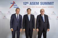 From left to right: Mr Donald TUSK, President of the European Council; Mr Li KEQIANG, Prime Minister of China; Mr Jean-Claude JUNCKER, President of the European Commission. Copyright: European Union Event: ASEM Summit 2018