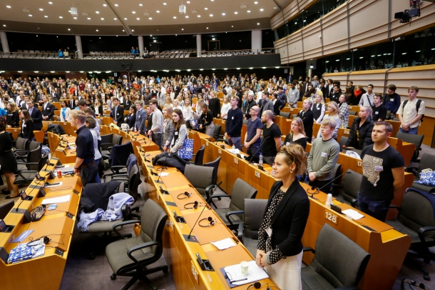 EP-078845B_Youth_Parliament_Closing