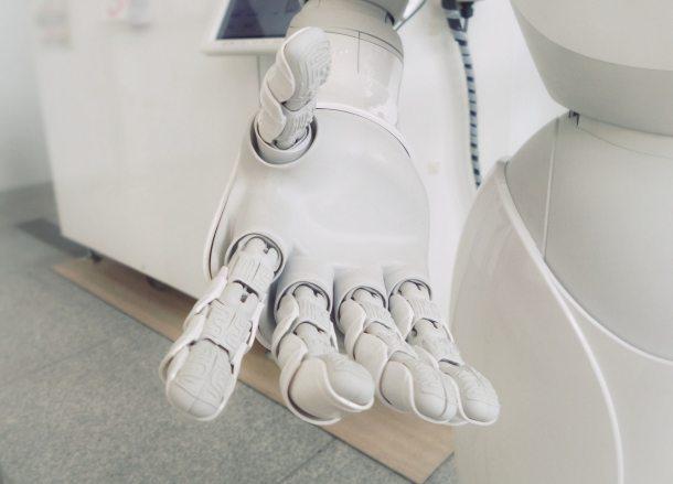 doctor robot 2019
