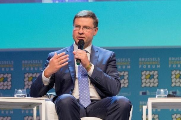 Dombrovskis 19