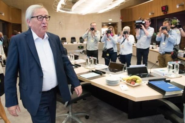 Juncker 19 sitng