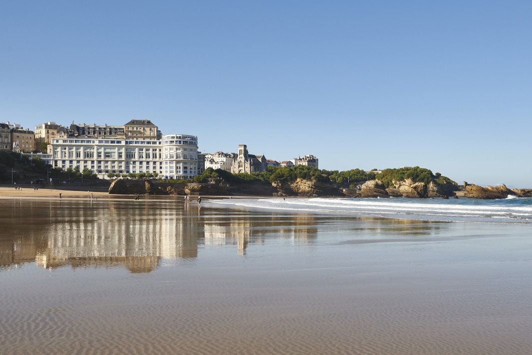 G7: A serious setback hardly avoided in iconic Biarritz