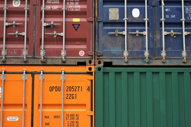 containers 19