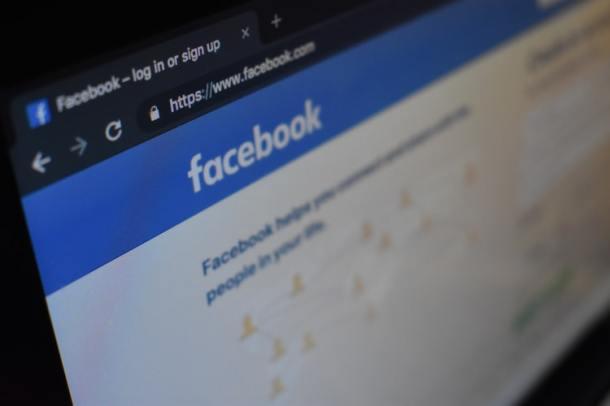facebook karampelas