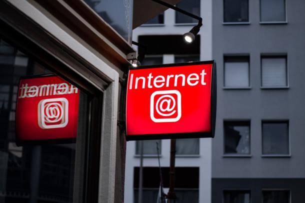 internet 19