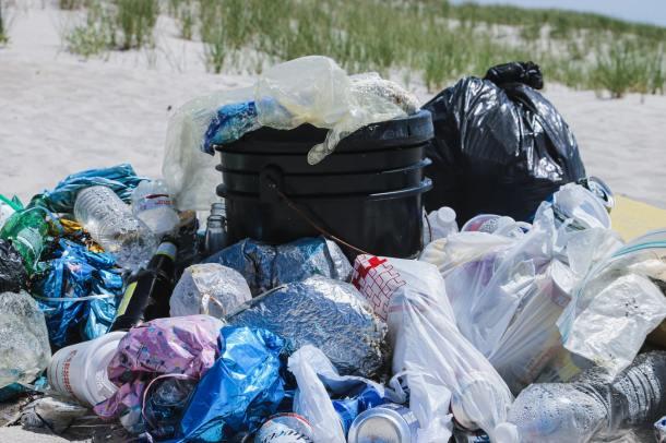 plastic pollutions