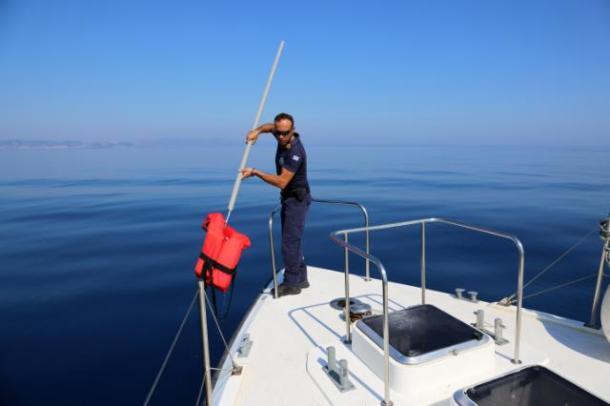 Des gilets de sauvetage abandonnés sur une plage de Lesbos© Frontex/Modification de l'image interdite
