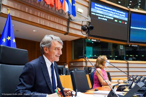 EP-104239F_Plenary session_Photo 5